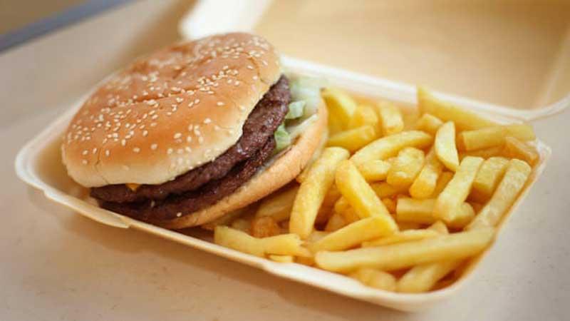 Eating junk food raises risk of depression