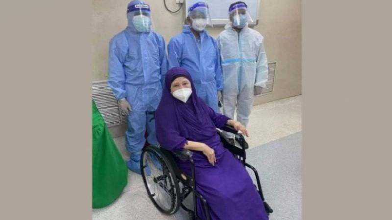 Khaleda taken to CCU with breathing problem: Doctor