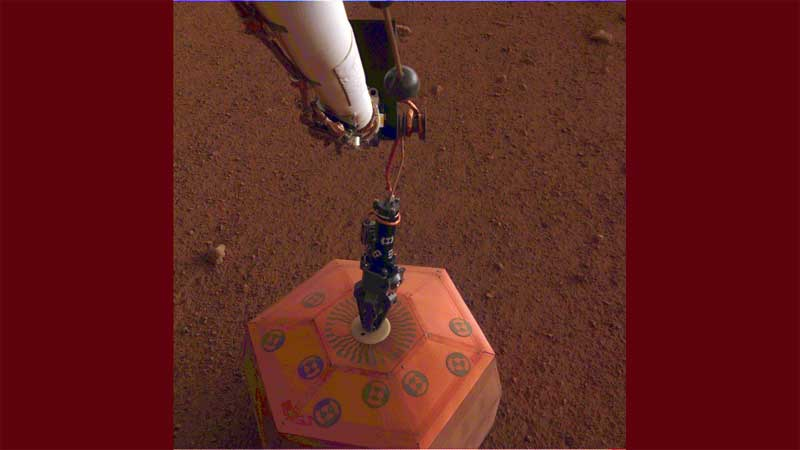 NASA's new Mars lander to monitor on red surface
