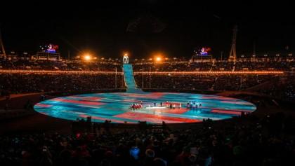 2 Koreas march apart as Winter Olympics close