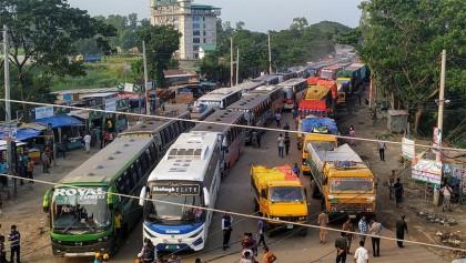 Police checking triggers tailback on Dhaka-Aricha highway