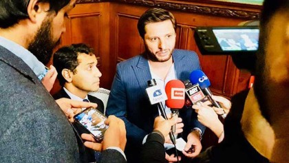 Afridi in hot waters again after controversial comments on Kashmir