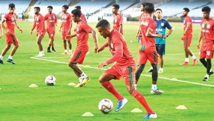 Bangladesh vie India in a prestigious World Cup qualifier today