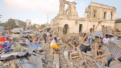 Double car bombings kill 38 in Mogadishu