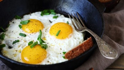 3 or more eggs a week increase risk of heart disease, early death: Study