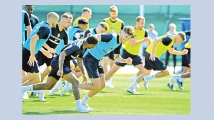 England seek easy win over Panama