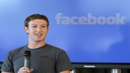 Facebook's Zuckerberg apologizes for 'major breach of trust'