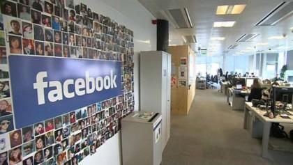 Facebook removes 3.2b fake accounts