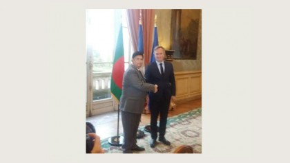 Momen seeks French investment in Bangladesh