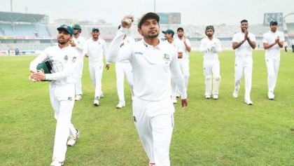 Mushfiq reaches a new height