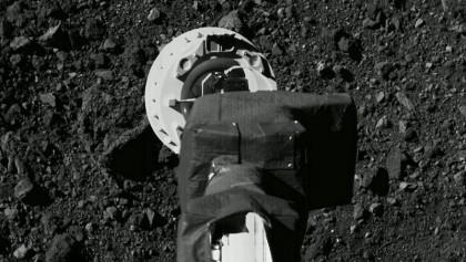 Osiris-Rex: NASA probe risks losing asteroid sample after door jams