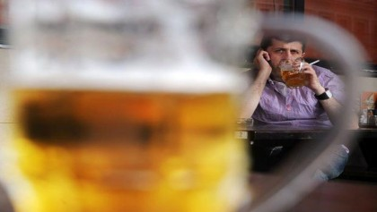 Russians cut back on drinking, smoking as fitness trend grows