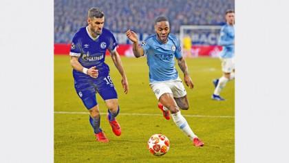 Sterling spares Manchester City blushes at Schalke