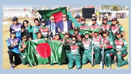Tigresses lift gold medal