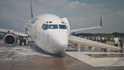 US-Bangla plane makes emergency landing in Ctg
