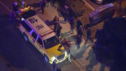 Gunman kills 13 in California bar