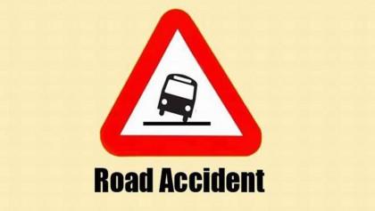 3 killed in Pirojpur road crash