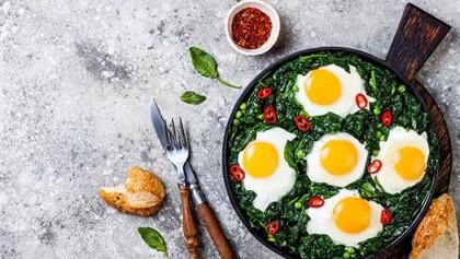 Breakfast recipe: Spinach, eggs dish