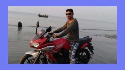 Journo killed Jashore road crash