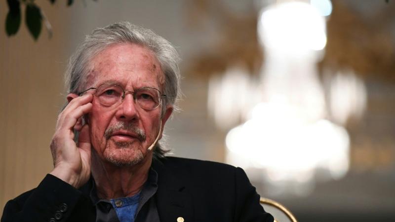 Nobel winner Handke dodges questions on Balkan wars