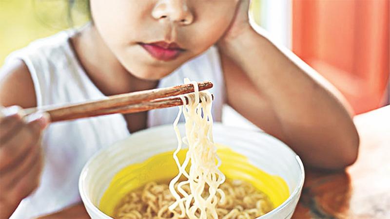 Instant-noodle harms kids