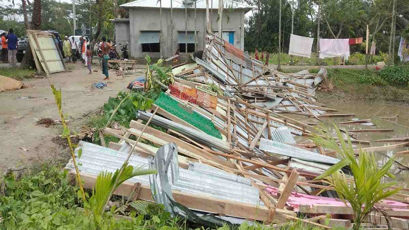 Nor'wester destroys 250 houses in Bhola