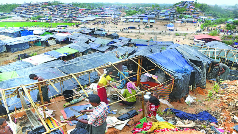 Thousands of Rohingyas still scattered outside camps