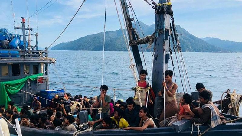 Fishing boat takes 202 Rohingyas to Malaysia