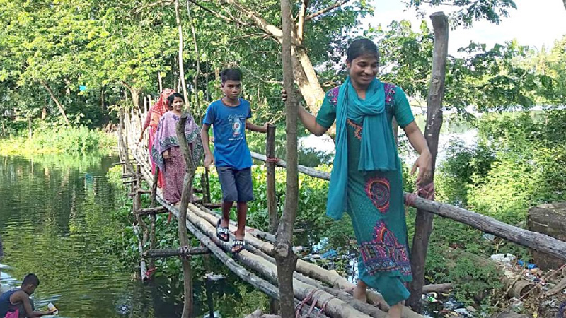 Rangamti people decry lack of concrete bridge over Kaptai Lake