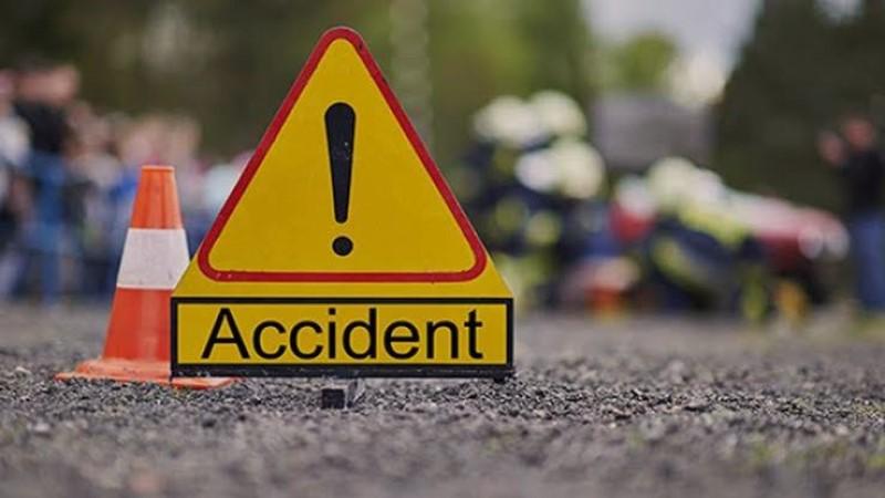 4 killed in Nawabganj road crash