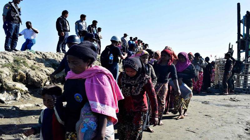 Myanmar unrest panics Rohingya in border limbo
