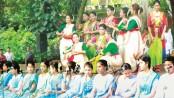 Chhayanaut celebrates autumn at Charukola