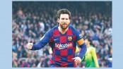 Defiant Messi keeps Barca CL hope alive