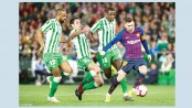 Messi crushes Betis with incredible hat-trick