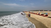 Sea beaches, tourist spots, hotels-motels in Cox's Bazar host tourists from Monday
